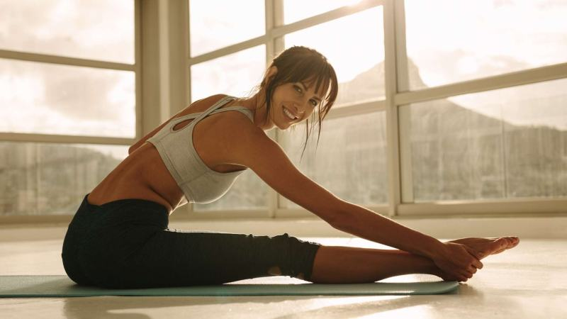 Stretching before best elliptical workout